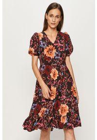 Wielokolorowa sukienka Vero Moda casualowa, mini, w kwiaty, rozkloszowana