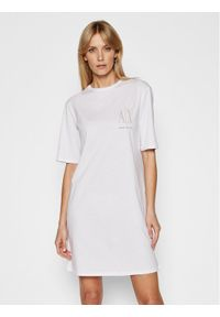 Armani Exchange Sukienka codzienna 8NYADX YJG3Z 9130 Biały Regular Fit. Okazja: na co dzień. Kolor: biały. Typ sukienki: proste. Styl: casual
