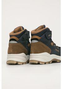 Niebieskie buty zimowe Primigi z okrągłym noskiem, na zimę