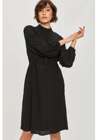 Czarna sukienka Answear Lab na co dzień, z długim rękawem, wakacyjna