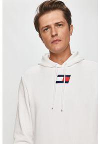 Biała bluza nierozpinana Tommy Sport z kapturem, casualowa, z aplikacjami