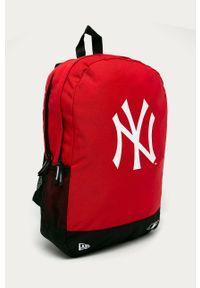 Czerwony plecak New Era z nadrukiem