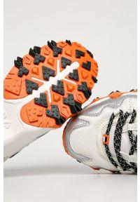 Białe buty sportowe Fila na sznurówki, z cholewką