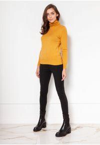 e-margeritka - Golf damski dopasowany ciepły musztardowy - s. Typ kołnierza: golf. Kolor: żółty. Materiał: wiskoza, dzianina, materiał. Długość: krótkie. Sezon: jesień, zima