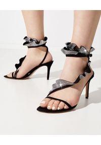 ISABEL MARANT - Zdobione sandały na szpilce Alime. Zapięcie: pasek. Kolor: czarny. Materiał: zamsz. Wzór: aplikacja. Obcas: na szpilce. Wysokość obcasa: średni