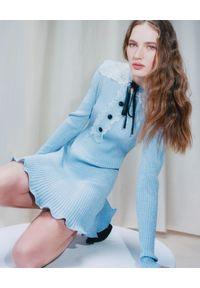 SELF PORTRAIT - Niebieska dzianinowa sukienka mini. Kolor: niebieski. Materiał: dzianina. Długość rękawa: długi rękaw. Wzór: ażurowy. Typ sukienki: dopasowane, rozkloszowane. Długość: mini