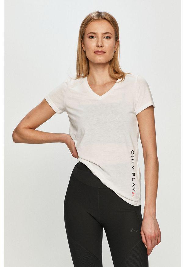 Only Play - T-shirt. Okazja: na co dzień. Kolor: biały. Materiał: dzianina. Wzór: gładki. Styl: casual