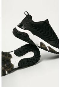 Czarne buty sportowe Tamaris na obcasie, z cholewką, na sznurówki, na średnim obcasie