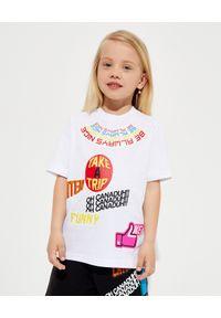 DSQUARED2 KIDS - Biała koszulka z kolorowymi nadrukami 4-12 lat. Kolor: biały. Materiał: bawełna. Wzór: kolorowy, nadruk. Sezon: lato. Styl: klasyczny