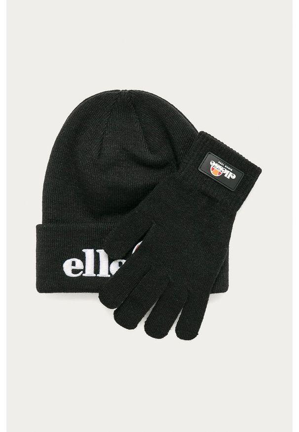Czarna czapka Ellesse z aplikacjami