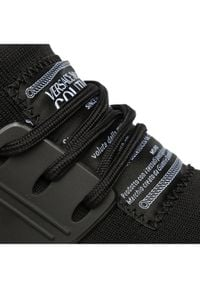 Versace Jeans Couture Sneakersy E0VUBSG4 Czarny. Kolor: czarny