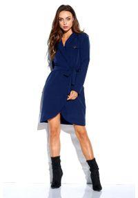 Lemoniade - Granatowa Kopertowa Sukienka z Kieszeniami. Kolor: niebieski. Materiał: poliester, elastan. Typ sukienki: kopertowe