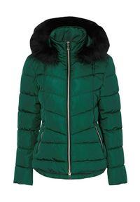 Cellbes Kobieca kurtka z luksusowymi i złotymi detalami ciemnozielony female zielony 34/36. Kolor: zielony. Materiał: futro. Długość rękawa: długi rękaw. Długość: długie