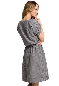 MOE - Swobodna sukienka w modną drobną kratkę. Materiał: tkanina, elastan, guma, materiał. Wzór: kratka