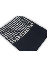 Niebieski szalik Alties elegancki, w geometryczne wzory