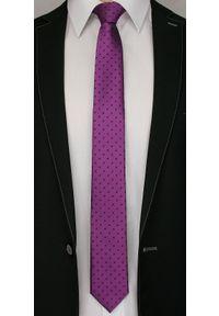 Alties - Fioletowy Elegancki Męski Krawat -ALTIES- w Granatowe Kropki, Groszki. Kolor: niebieski. Materiał: tkanina. Wzór: grochy. Styl: elegancki