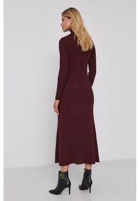 BOSS - Boss - Sukienka. Kolor: czerwony. Materiał: dzianina, wiskoza, materiał. Długość rękawa: długi rękaw. Wzór: gładki. Typ sukienki: rozkloszowane