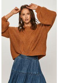 Sweter Guess Jeans z okrągłym kołnierzem