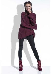 Czerwony sweter Fobya w prążki