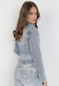 Born2be - Jasnoniebieska Kurtka Jeansowa Ocearian. Kolor: niebieski. Materiał: jeans. Długość rękawa: długi rękaw. Długość: długie. Wzór: aplikacja