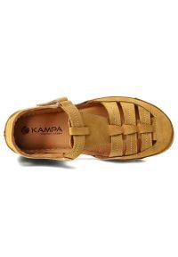 Żółte sandały