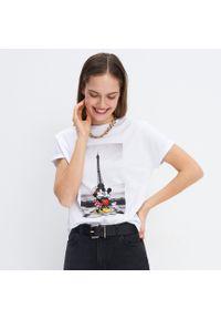 Biały t-shirt Mohito z motywem z bajki