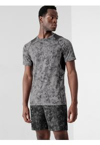 4f - Koszulka treningowa regular szybkoschnąca męska. Kolor: szary. Materiał: włókno. Długość rękawa: raglanowy rękaw. Sport: fitness