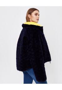 YVES SALOMON PARIS - Dwustronna kurtka puchowa. Kolor: niebieski. Materiał: puch. Długość rękawa: długi rękaw. Długość: długie. Wzór: aplikacja. Sezon: zima. Styl: sportowy