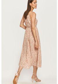 Beżowa sukienka ANSWEAR na co dzień, midi, na ramiączkach, z dekoltem halter