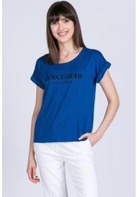 Niebieski t-shirt Monnari z napisami, na co dzień, casualowy