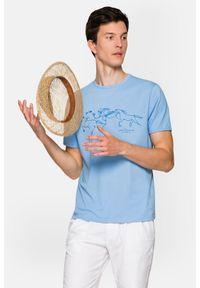 Lancerto - Koszulka Błękitna Alfred. Okazja: na co dzień. Kolor: niebieski. Materiał: włókno, materiał, bawełna. Wzór: napisy, nadruk. Sezon: lato. Styl: klasyczny, casual