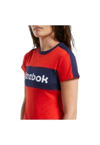 Koszulka damska Reebok Training Essentials Linear Logo FT0899. Materiał: dzianina, skóra, materiał, bawełna, poliester. Sport: fitness