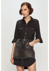 Diesel - Sukienka jeansowa. Okazja: na co dzień. Kolor: szary. Materiał: jeans. Długość rękawa: długi rękaw. Wzór: gładki. Typ sukienki: proste. Styl: casual