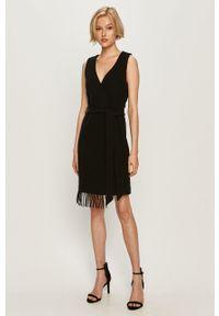 Czarna sukienka Trussardi Jeans bez rękawów, na co dzień, prosta