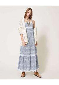 TwinSet - TWINSET - Popelinowa sukienka maxi z haftem. Okazja: na co dzień. Kolor: biały. Materiał: tkanina, dzianina, materiał, koronka. Długość rękawa: na ramiączkach. Wzór: haft. Typ sukienki: proste. Styl: casual. Długość: maxi
