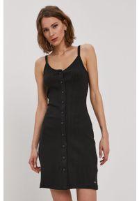 Czarna sukienka Tommy Jeans mini, na co dzień, gładkie