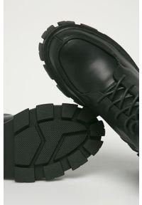 Czarne botki Answear Lab z cholewką, na sznurówki, z okrągłym noskiem, wakacyjne