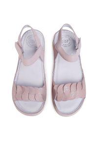 Różowe sandały Waldi