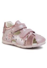 Różowe sandały Geox