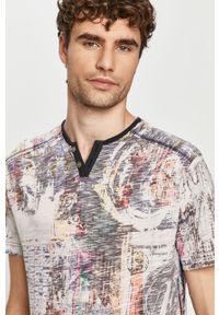 Szary t-shirt Desigual krótki, na co dzień, casualowy