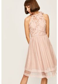Sukienka Vila mini, bez rękawów, w koronkowe wzory, prosta