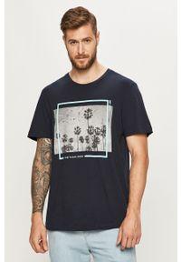 Niebieski t-shirt Tom Tailor Denim z okrągłym kołnierzem, z nadrukiem