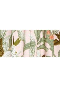 TOP SECRET - Sukienka z kimonowym rękawem, w roślinny nadruk. Typ kołnierza: dekolt w kształcie V. Kolor: brązowy. Materiał: materiał. Wzór: nadruk. Sezon: lato. Styl: wakacyjny. Długość: mini
