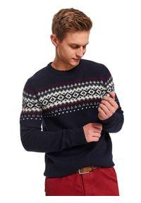 Niebieski sweter TOP SECRET klasyczny, z okrągłym kołnierzem, w kolorowe wzory, na zimę