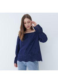 Mohito - Ażurowa bluzka off shoulder - Niebieski. Kolor: niebieski. Wzór: ażurowy