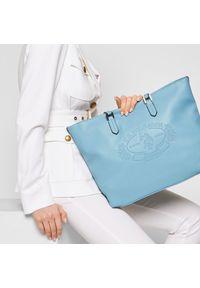 Niebieska torebka klasyczna U.S. Polo Assn skórzana