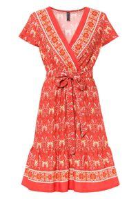 Sukienka bonprix czerwony z nadrukiem. Kolor: czerwony. Wzór: nadruk