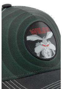 Zielona czapka z daszkiem CapsLab z aplikacjami