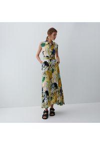 Reserved - Wzorzysta sukienka z wiskozy - Niebieski. Kolor: niebieski. Materiał: wiskoza
