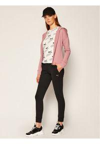 Różowy dres Puma